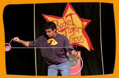 Le rocket tiger circus
